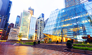 """<div style=""""font-weight:bold; line-height:22px; margin-bottom:10px;"""">The pros and cons of commercial property investment"""